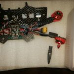 Zabezpieczenie elektroniki w dronie przed wilgocią i wodą.