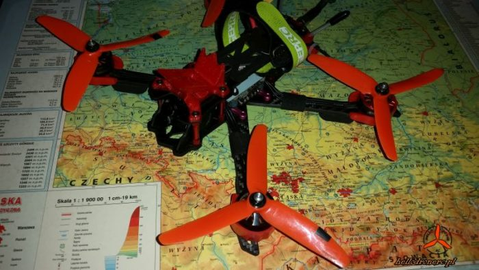 Dron odwrotny kierunek obrotu silników blheli betaflight reversed motor