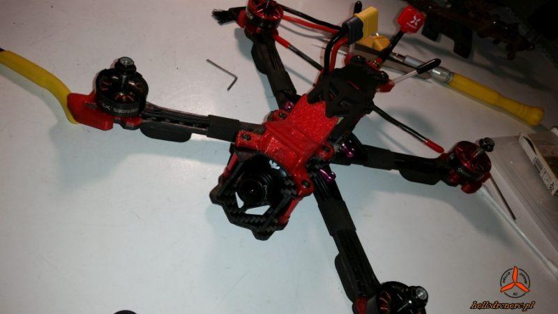 Różne silniki w dronie - koniec nietuzinkowego projektu drona fpv